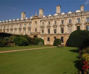 Camp Linguistique Junior Cambridge Camp linguistique d'été junior Bucksmore - Clare College - Université de Cambridge - Cambridge