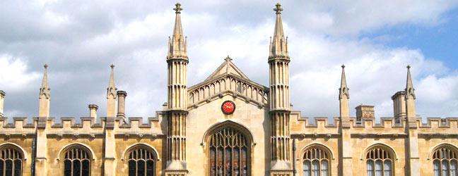 Préparation à l'entrée dans une université (Cambridge en Angleterre)