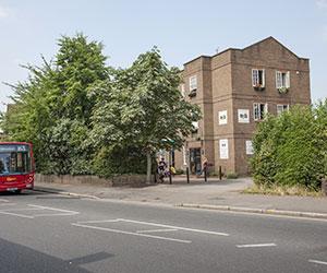 1 - Centre of English Studies London - Wimbledon - CES