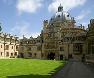 Camp Linguistique Junior Oxford Camp linguistique d'été junior Bucksmore - Brasenose College - Université d'Oxford - Oxford