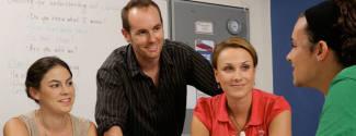 Etudier l'Anglais et la pratiquer en entreprise en école de langues